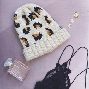 {h&m} leopard knit chunky beanie cozy winter wear
